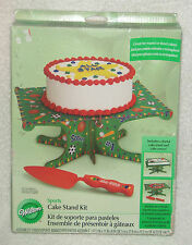 Wilton SPORTS CAKE STAND w/Server 1510-138 Basketball Football Soccer NEW B-Day