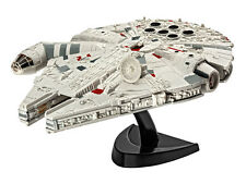 STAR WARS 7 FIGURE MILLENNIUM FALCON MODEL KIT 1/241 ASTRONAVE 10CM HAN IAN SOLO
