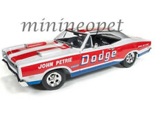 AUTOWORLD AW222 1969 DODGE CORONET SUPER BEE 1/18 SUPER CAR CLINIC JOHN PETRIE