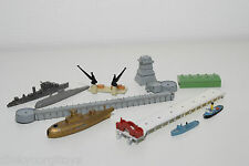 LOT TRIANG MINIC SHIPS BATTLE SHIP AND BREAKWATER AND CRANE  EXCELLENT CONDITION