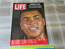 Life Magazine CASSIUS Clay / MUHAMMED Ali BOXING Legend Cover Picture 1966