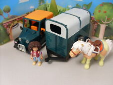 POSTMAN PAT FRICTION MOTOR JEEP WITH AMY THE VET - TRAILER - PUMPKIN