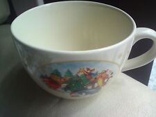 RARE DISNEY STORE LARGE WINNIE THE POOH CHRISTMAS CUP , VGC, FREE-MAILING.