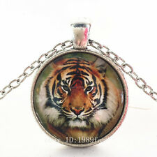 Vintage Tiger Cabochon Silver plated Glass Chain Pendant Necklace TG21