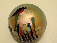 """ORIENT AND FLUME BIRD PAPERWEIGHT: Lt. Champagne Gold, White Floral, 3 1/8"""",1977"""