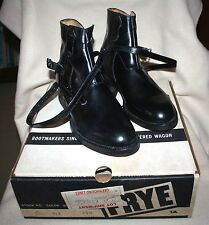 VINTAGE FRYE ANKLE BOOT ~ BLACK LEATHER ~ NEW, OLD STOCK in ORIGINAL BOX! 7 1/2D