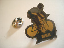 PINS CYCLISTE VELO CYCLING LOGO MBK
