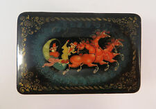 Russian Painted Lacquer Hinged Lid Box Horses Sleigh Signed Russia