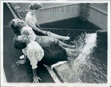 1957 Pretty Girls Dip Feet in SS Flandre Ship's Pool Press Photo