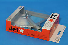 Brand New Jetstar Licensed  Die cast Toy  Metal Plane 1:500 Scale  Daron RT7574