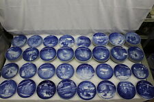 Set of 32 Mint B & G Bing & Grondahl Christmas Plates Blue & White 1964-1998 (1)