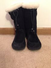 UGG AUSTRALIA 'SUBURB' BLACK KNIT/SUEDE/SHEARLING MID CALF BOOTS - SIZE 7