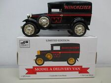 1931 Ford Model A Panel Bank 02601 Winchester Limited Edition 1 25 Scale MIB