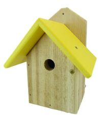 Chickadee Cedar Bird House, Birdhouse w/ Yellow Recycled Poly Roof