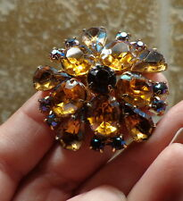 VINTAGE Costume Jewelry PIN BROOCH Amber Yellow Multi Rhinestone Round GOLD Tone