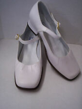 Shoes, Girl's White Leather by Heavenly Fashion, Size 2, New