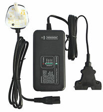 12V intelligente GOLF Caricabatteria 4 Amp-POWAKADDY con fibbia a T, display LED