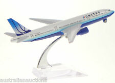 UNITED   AIRLINES  DIECAST PLANE MODEL BOEING 777 1:400 16cm+STAND