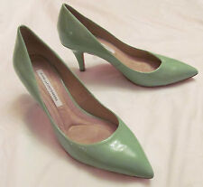DVF DIANE VON FURSTENBERG ANETTE in GREEN HAZE  patent leather pumps shoes 8.5 M