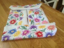 Vintage Lovely Hand Embroidered Chrysanthemum Style Flowers Afternoon Tea cloth