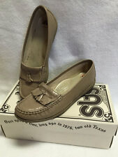 SAS 8.5 N Mocha Tan Softie Tassel Loafers Slip On Comfort Shoes