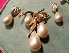 MARVELLA VINTAGE LARGE BROOCH AND EARRINGS, PEARL DROP THEMR