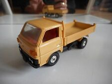 Tomica Dandy Mitsubishi Canter Pick-up in Yellow on 1:43