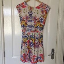 LADIES 'THERAPY' BRAND NEW MULTI FLORAL DRESS. SIZE 8. LENGTH- ABOVE KNEE.