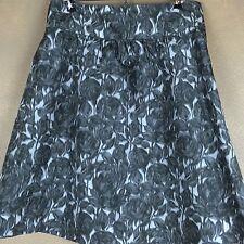 J Crew Gray & White Silk Floral Full Skirt Lined Size 6 EUC