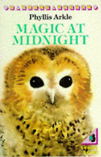 Magic at Midnight (Young Puffin Books), Phyllis Arkle