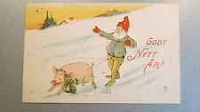 CPA suédoise illustrateur Godt Nytt Ar! Nain, gnome, cochon, trèfle...