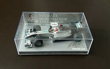 Minichamps 1:43 Michael Schumacher Mercedes Gp Showcase 2010