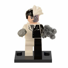 Two Face Batman Minifigure figure with Lego sticker Harvey Dent Twoface