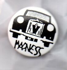 MADNESS  BUTTON BADGE - UK SKA / 2-TONE  UK BAND - SUGGS 25mm PIN OUR HOUSE
