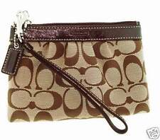 NWT Coach 43434 Signature Pleated Wristlet Smartphone Khaki Brown 6.75x4 iPhone