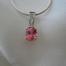 Certfiedsri Lanka Padparadscha Sapphire & si Ciondolo Oro Bianco Diamante