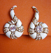 """525 /   VALENTINO / BOUCLES D'OREILLE CLIPS """"SPIRALE"""" EMAIL BLANC"""