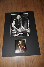 THE CLASH Joe Strummer (+ 2002) signed Autogramm 20x30 cm Passepartout InPerson