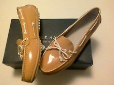NWOB Cole Haan Womens  nude beige patent leather boat shoes US Sz 9M
