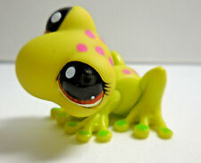 Littlest Pet Shop LPS #1254 Green Pink Spotted Frog Year 2007