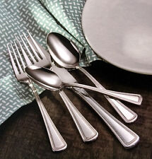 Oneida Chaplet 65 Piece Service for 12 Stainless 18/10 Flatware Set