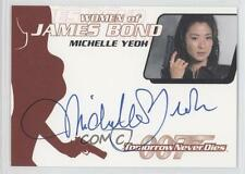 2004 Women of James Bond Autographs #WA17 Michelle Yeoh as Wai Lin Auto Card e6y
