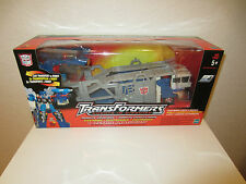 Transformers RID Action Figure Ultra Magnus Car Transport to Robot 2001 MISB