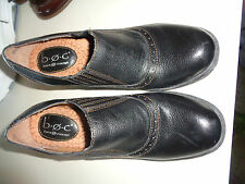 "B.O.C. Born Concepts Black Pebbled Leather Slip On 2 3/4"" Heels Hardly Worn 7M"