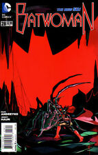 BATWOMAN (NEW 52)  #28   NM
