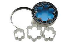 Kitchen Craft Set of 6 Plain Flower Shaped Biscuit, Pastry Cookie Cutters & Tin