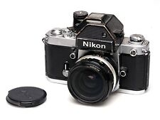 Nikon f2 Chrome photomic + dp-2 + NIKKOR voiture 28mm f3.5