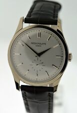 Patek Philippe Calatrava 5196G gent's 18k White Gold 37mm watch.