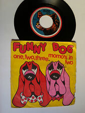 """FUNNY DOG : one, two, three / Momo's in two - 7"""" 1972 French GALLOWAY GB 600105"""