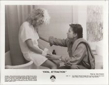 PF Fatal Attraction ( Glenn Close , Michael Douglas )